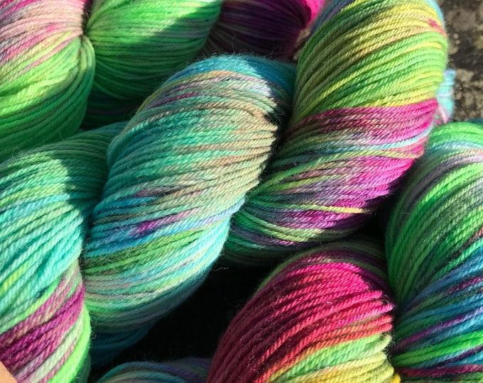 100g Superwash Merino / Nylon Sock Yarn 4 ply, fingering, hand dyed in Scotland, 'squished raspberry' pink green