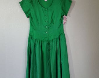 Vintage, 1970s Silk Drop Waist Skirt Style Dress, Full Skirt, Bright Green, Size Small/Medium,  #49876