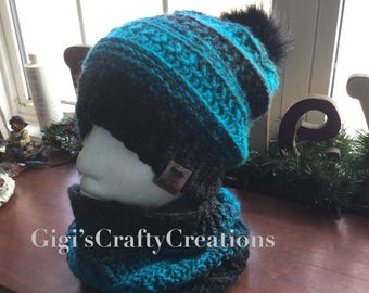Beanie with faux fur pompom and matching cowl