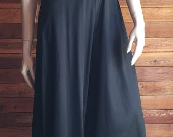 Vintage Lingerie 1970s PETRA Fashions Black Size Small Nightgown or Lounging Pajamas