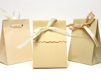 3 boxes gifts, cream assortment