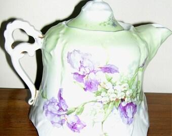 19 th c Russian Kuznetsov Dulevo  Porcelain Teapot