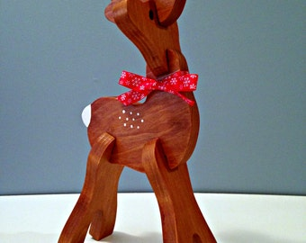 Small Wooden Reindeer Head Turned