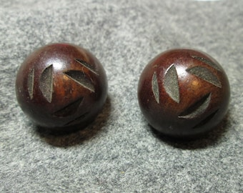 Chunky Carved Rustic Dome Wood Buttons