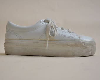 90s Platform Sneakers // White Sneakers // Chunky Shoes // 90s Chunky Shoes // Chunky Sneakers // Size 6.5