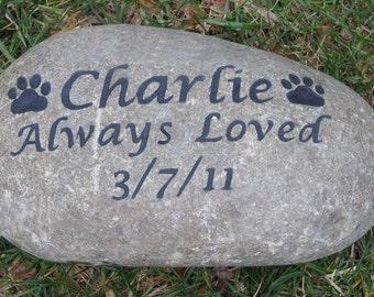PERSONALIZED Pet Memorial Dog Cat Memorial Garden Gravestone Memorial Cemetery Tombstone Grave Marker Stone 8-9 Inch