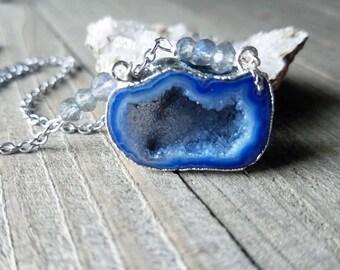 Druzy crystal - druzy necklace - druzy jewelry - blue druzy necklace - druzy gifts - druzy cave - druzy crystal - boho druzy necklace