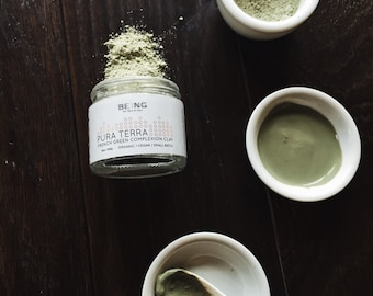 Organic/Vegan Face mask: Pura Terra Complexion clay - French green clay