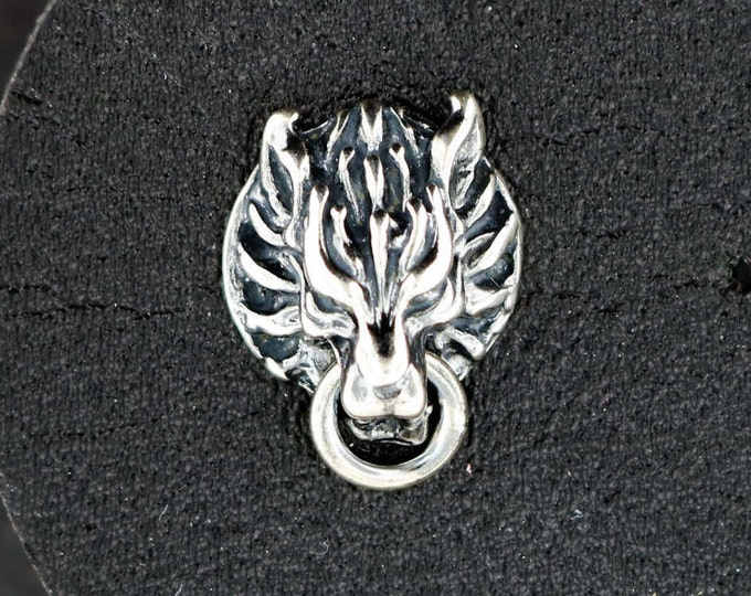 Single Cloud Strife Wolf Stud Earring in Sterling Silver