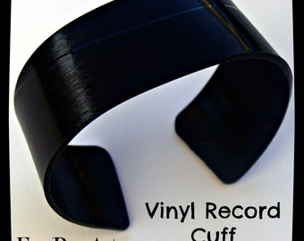 Basic Black Bracelet  - Recycled Vinyl Record Cuff. Size M/L. Rock and Roll Jewelry.  Retro Rockabilly Music Themed Bracelet