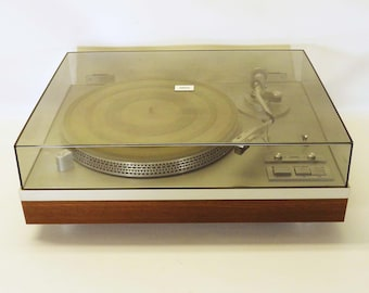 Vintage Yamaha YP-D6 2-Speed Auto-Return Direct-Drive  Turntable Record Player