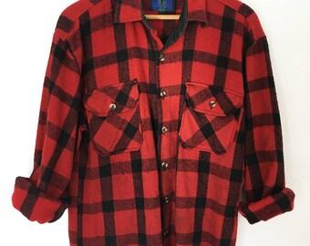 Vintage - Mens - Oversized Women's - Buffalo Plaid - Flannel - Button Up - Size Medium
