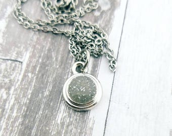 Cremation Jewelry - Pet Loss Gift - Ashes Jewelry - Memorial Jewelry - Pet Cremation Jewelry - Memorial Necklace - Glitter Ashes - Dainty