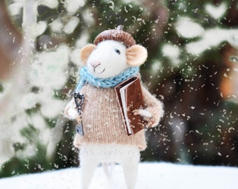 Little Winter Christmas Mouse- Christmas-Winter Seasonal Ornament- Felting Dreams - READY TO SHIP