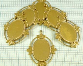 6 25x18mm Brass Settings - Victorian