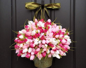 Tulip Bucket Wreath, Tulips for Spring,  PINK Tulip Bucket, Container of Tulips, Spring Tulips for Door, Door Wreaths Tulips