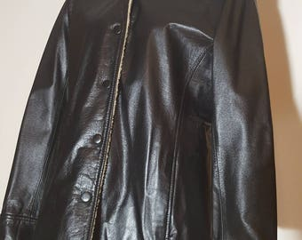 90s black leather winter jacket/ Danier leather coat for women size small /strait cut leather jacket/ faux fur lined classic leather jacket