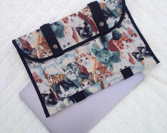 Mac Book Pro cover, computer case with cats