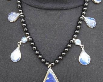 Bright beautiful collar Afghan lapis lazuli and onyx