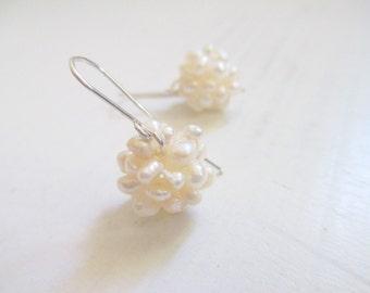 Bridal earrings, cluster Pearl earrings, silver earrings, dangle earrings, wedding jewelry, pearl jewelry, silver pearl earrings