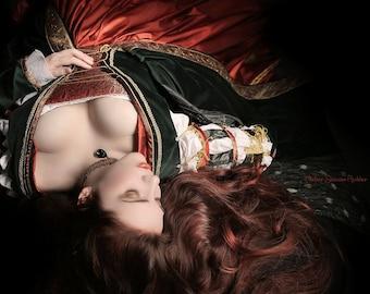 Borgia renaissance dress, italian renaissance gown, bespoke wedding dress, fantasy dress, fairytale wedding, medieval gown, romantic wedding