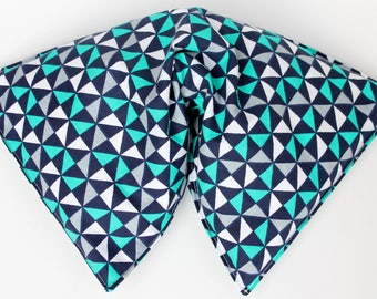 Corn filled heating pad - Microwavable heating pad - Hot/cold corn bag - Hot pack - Heating bag - large size - navy teal triangles