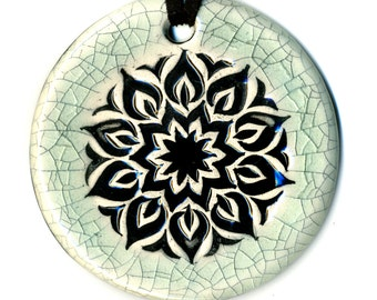 Surly Mandala Ceramic Necklace in Crackle