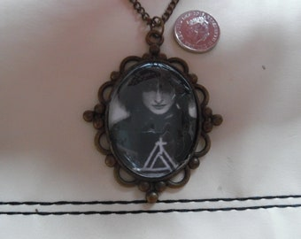 Siouxsie Sioux Cabochon Necklace