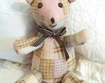 Teddy Bear, Vintage Quilt Pieces from the 1930s or 40s, Cutter Quilt Pieces with a Pastel Hue