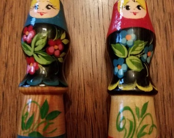 """Set of 2 Vintage Russian """"Nesting"""" Doll Chunky Colored Pencils"""