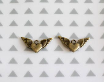 Set of 2 charms, winged heart, 25 mm, bronze color