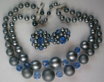Mid-Century Vintage Double Strand Necklace with Clip Earrings - 4201