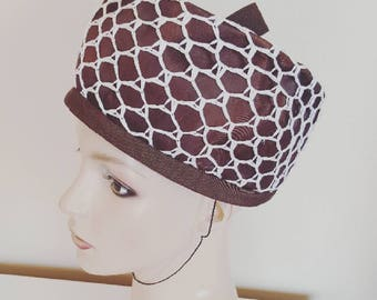 SALE | Vintage 1960s Brown and White Raffia Netting Pillbox Hat