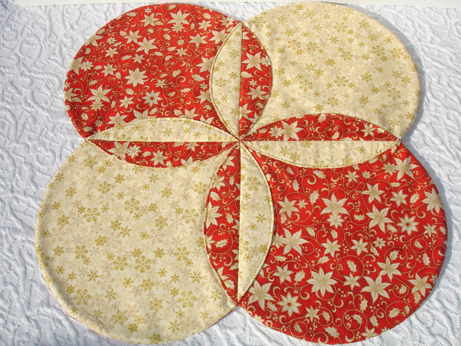 Christmas table runner quilt gold snowflakes