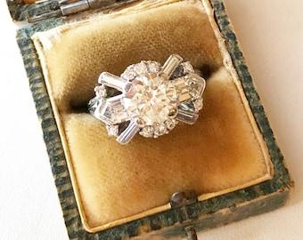 Dream Vintage Diamond and Platinum ring. 1940's engagement ring. Vintage engagement ring. Vintage Lux diamond ring.