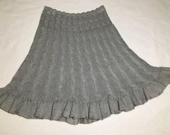 Skirt. Knitted skirt. Hand knitted skirt. Silver. Cable knit.