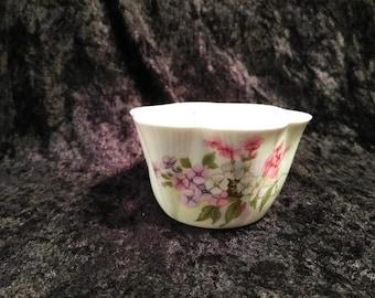 Shelley Fine Bone China Open Sugar Bowl ~ Made in England 13428