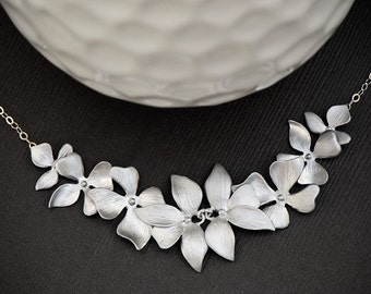 Flower Necklace, Bridesmaid Gift Idea, Bridal Wedding Jewelry, Maid of Honor, Orchid Necklace, Flower Jewelry, Mother of the Bride