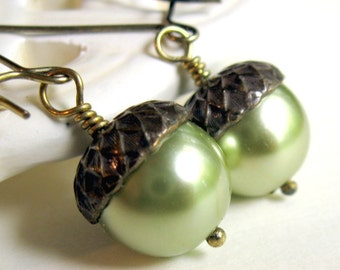 Green Acorn Earrings, Pearl Acorn Jewelry, Bridesmaid Earrings, Wedding Jewelry, Customizable, Choose Color,, Gift for Her Jewelry