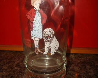 1982 ANNIE and SANDY - Swensen'S Collecter Glass