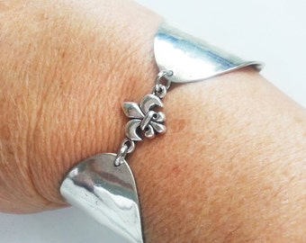 Fleur de lis, NOLA, Saints, Louisiana, New Orleans, Spoon cuff bracelet, ready to ship, free shipping and gift box, Mother's day