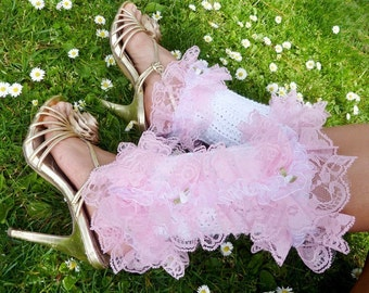 Victorian Style Leg Warmers - Shoe Spats in White with Pink Lace -  Kawaii Fashion Accessories