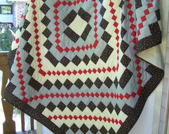 Vintage Hand Quilted Medallion Quilt Gray Black Red