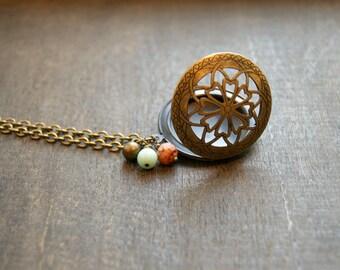 Flower Locket Necklace Round Locket Necklace Floral Design Locket Antiqued Locket Jewelry Vintage Style Locket Filligree Locket Jewelry