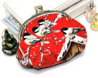 Women's purse wallet Merry Christmas gift Titmouse Winter Snow Makeup pouch clutch Cosmetics bag birds Kiss lock frame Case coin Red Green