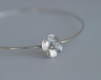 Silver or Oxidised Buttercup Flower skinny stacking bangle
