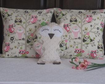 Owl pillow, Owl Throw Pillow, Stuffed Owl, Plush Owl, Decor pillow, Nursery Pillow, Decor pillow, Baby pillow