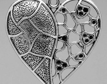 1 engraved 4.7 * 4.6 cm metal heart charm pendant