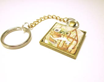 Key Chain With Greenhouse And Flowers Bronze Pendant Key Ring Gold Tone Chain Housewarming Gift Idea