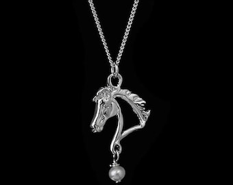 Equestrian Horse Head Silhouette Necklace, Equestrian pendant, Horse necklace, Horse head pendant, equestrian jewelry, horse jewelry,